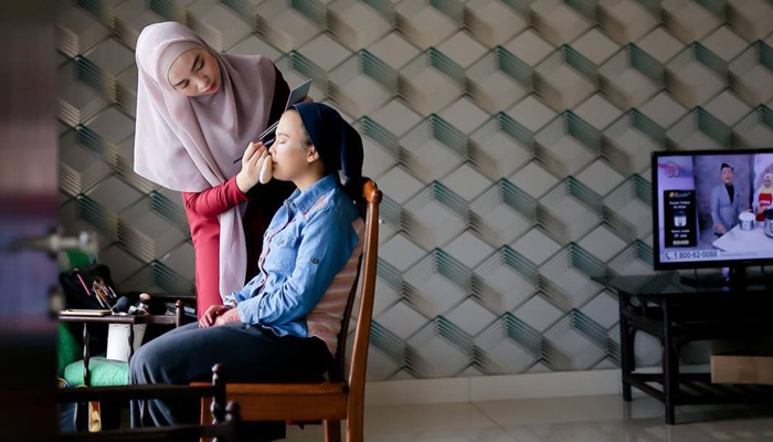 Mak Andam - Make Up Artist